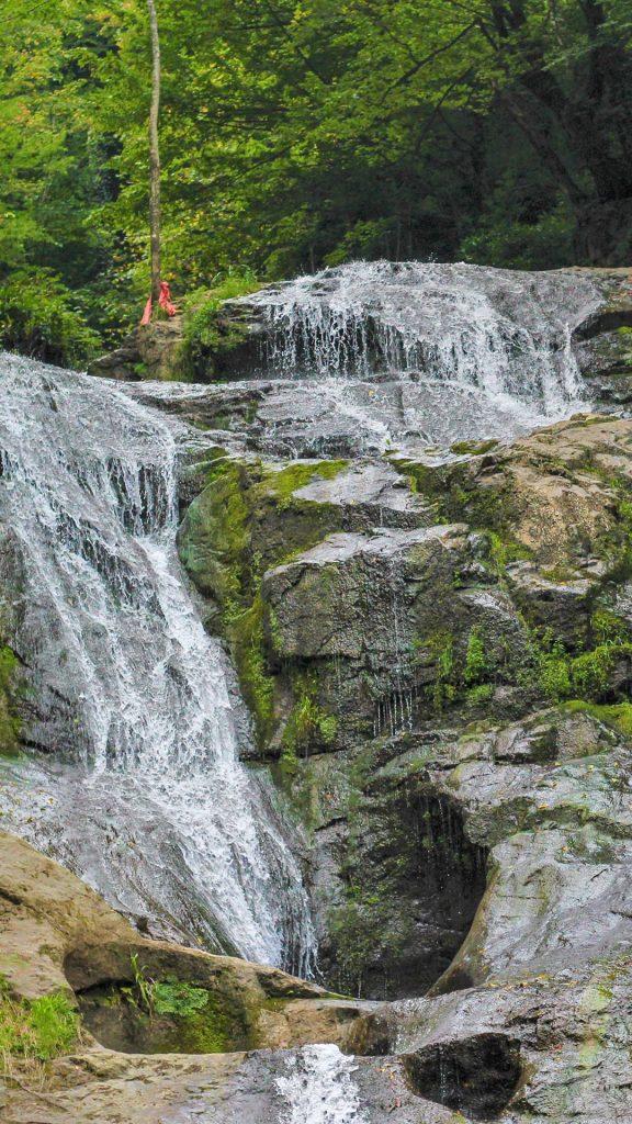 Düzce Güzeldere Şelalesi Tabiat Parkı