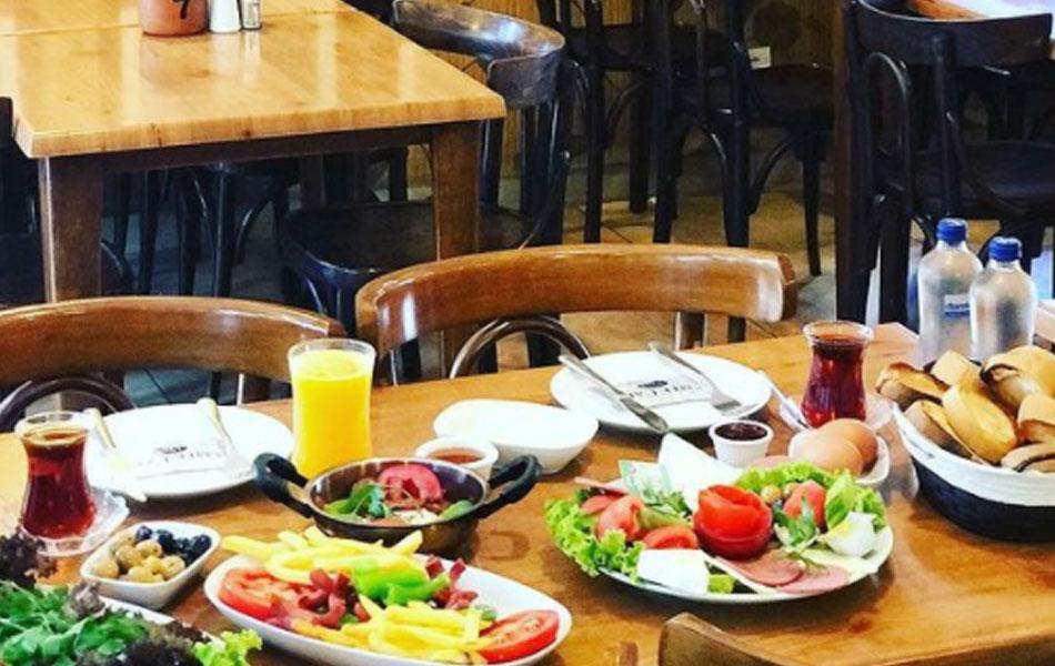 Emek Cafe, Yeniköy