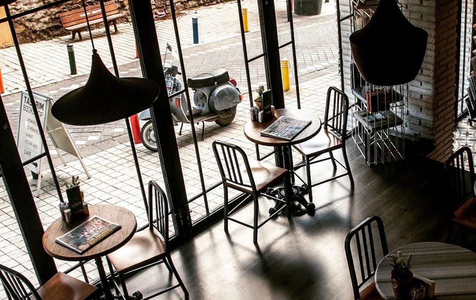 Tasarım Bookshop & Cafe, Kadıköy