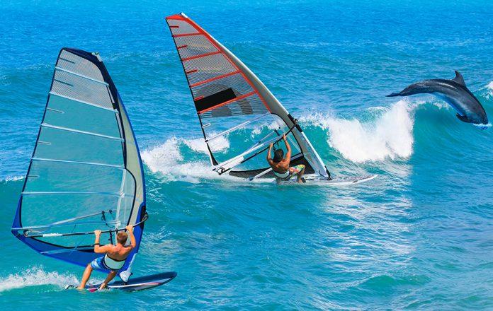 Alaçatı'da Rüzgâr Sörfü