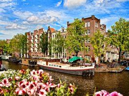 Amsterdam'da Konaklama