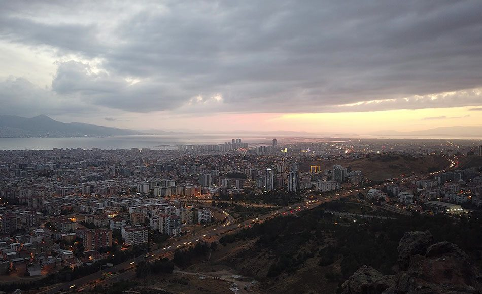 İzmir Çiğli Gezilecek Yerler