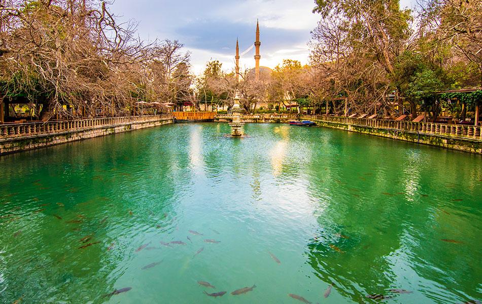 Şanlıurfa Ayn Zeliha Gölü