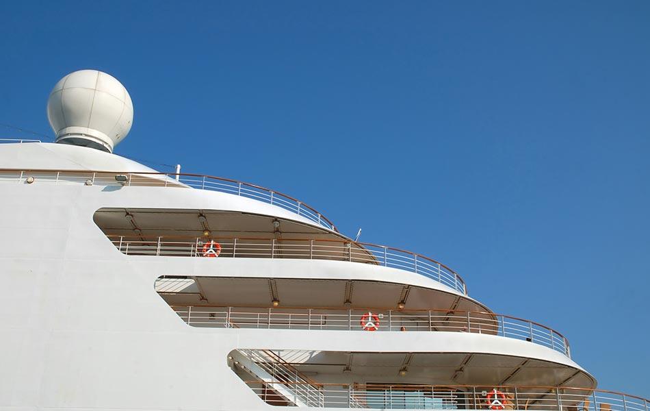 Cruise Gemisi Çalışanı